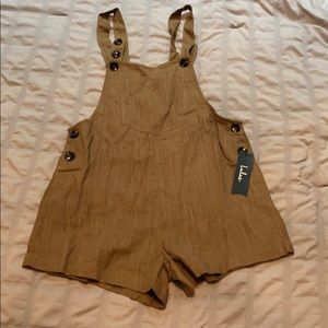 Linen/ rayon buttons down shorts overall